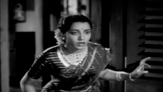 Missamma Movie    Jamuna go to Learn Singing Comedy Scene    NTR, ANR, Savitri,Jamuna