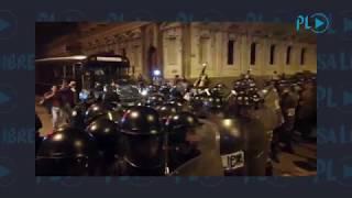 PNC evacúa a los diputados del Congreso y usa gas pimienta