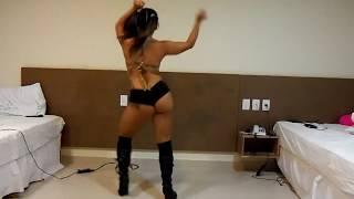 Novinha gostosa dançando funk♪♪ HD #008#