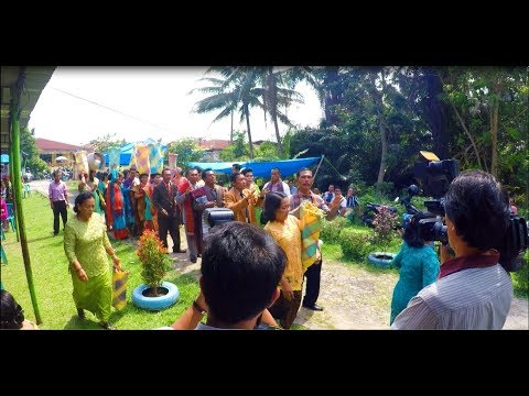 Download Lagu Horas Hula Hula! 🍻 - Gondang Panomu Nomuon (Uning Uningan Batak) MP3