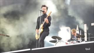 Balthazar - The Boatman (w/ Maarten Devoldere dropping his guitar) Rock Werchter 2015