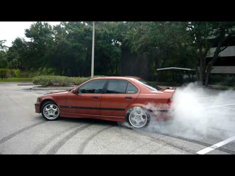 Twin Screw E36 M3 Burnout & Donuts