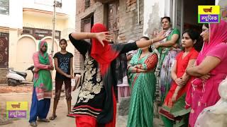 dance | इस लड़की ने गली मैं  सबके सामने किया ह्रैंराण कर देने वाला डांस | most popular haryanvi dance
