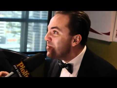 Cristian Castro imita a Luis Miguel