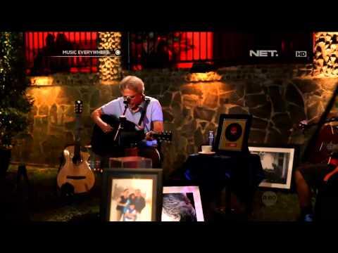 Download Lagu iwan fals live di net tv   surat buat wakil rakyat MP3