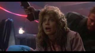 """Terminator  (""""Discoteque Technoir"""" Doblaje original español latino 1984)Sarah Connor"""