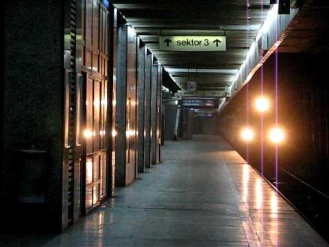 TLK z Zielonej Góry wjeżdza na Dworzec Centralny