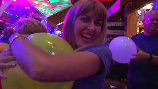 Symphony of The Seas, My First Day, Food, Welcome Party, TRAVEL VLOG 2018