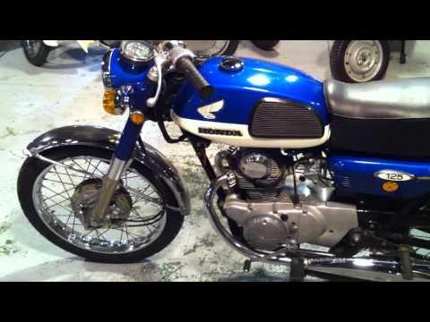 旧車、クラシック、バイク。SANRAD BENLY CB 125