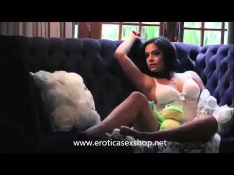 Xxx Mp4 Larissa Riquelme Making Of Hot Flowers 2013 3gp Sex
