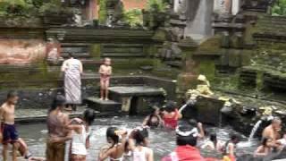 Balinese kids at bathing ritual
