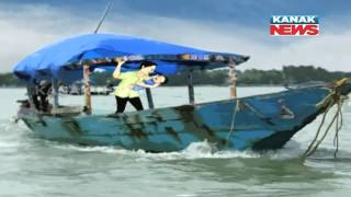 Boat Drowns In Chilika: Small Boy Escapes Death