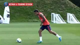 Neymar khiến đồng đội mới ở PSG hoa mắt trên sân tập