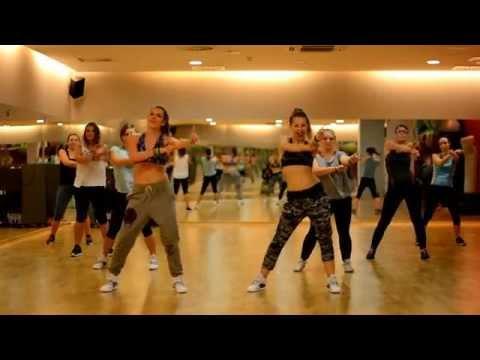 Xxx Mp4 Policeman Eva Simons Zumba Choreography Zumba With Natalia Danielczak 3gp Sex