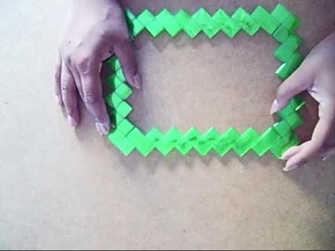 12. Como hacer marco con botellas plasticas Reciclaje de PET Ecobrisa