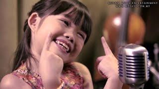 7-YEAR-OLD Amelia Lee sings