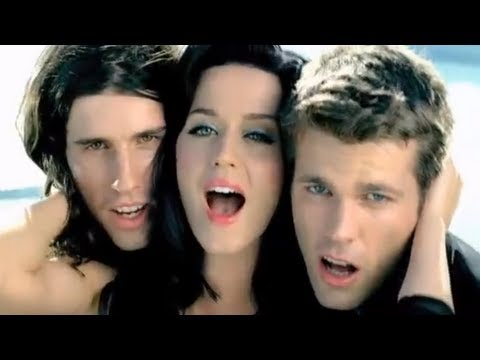 Download 3OH!3 - STARSTRUKK (Feat. Katy Perry) [OFFICIAL MUSIC VIDEO]