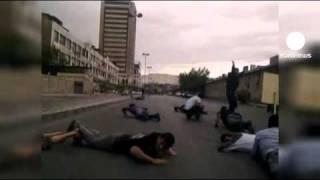 Syrie: Bachar el-Assad envoie des chars et des snipers...