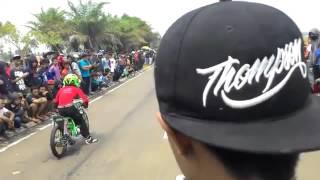 Videos Drag Bike Indri Barbie di Kanjuruhan Top Abis