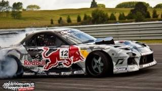 Mad Mike Red Bull RX7 - Cody's D1NZ Round 3 - Taupo Motorsport Park 2011