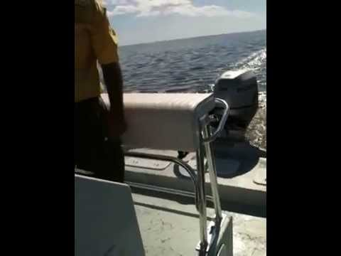 2011 21 SHOALWATER CAT WITH A 150 HP HONDA IN SHALLOW WATER