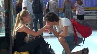 Prank! Kissing girls hands (THE ORIGINAL ONE)