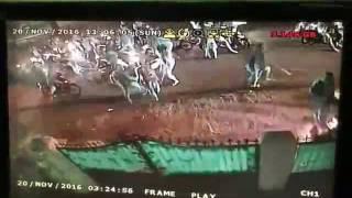 CCTV Penyerangan Geng Motor Di Cipayung Jakarta Timur