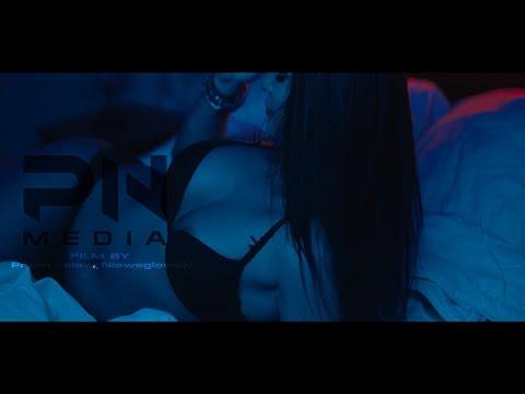 Blue Girl - Model Sexy Video