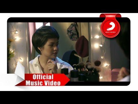 Download Lagu Mytha Lestari - Aku Cuma Punya Hati (Official Music Video)