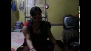 Bhabhi Showing Her Hot Body captured on hidden Camera