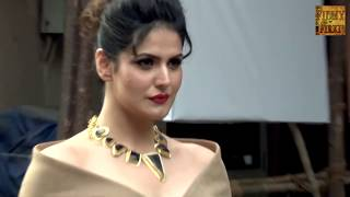 Zarine Khan Looks HOT In Deep Neck Top During Aksar 2 Promotions