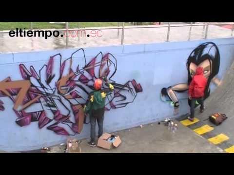 Graffitis arte urbano en cemento. Cuenca Ecuador