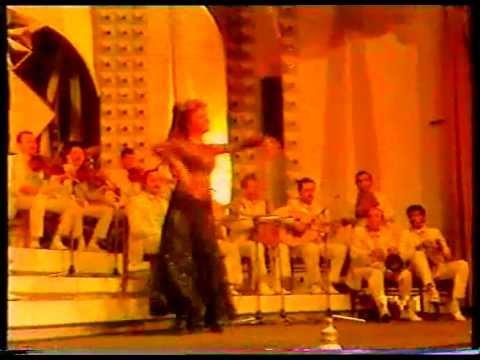 SİBEL CAN 1987 ye girerken Dans Show