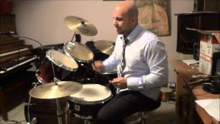 How To Play An Easy Two Handed Hi Hat Drum Beat (16th Notes)
