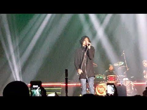 Sheila on7 - Hujan Turun || Konser Ayo! Indonesia Bisa