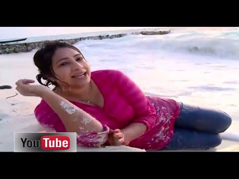 Xxx Mp4 Lakshmi Nair Cleavage On Maldives Beach 3gp Sex