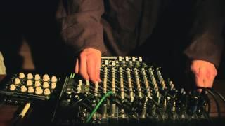 Mungo's Hi Fi - Spooky skank dub [Free Download]