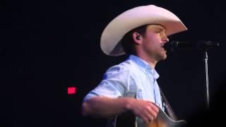 Justin Moore- Set 'em up Joe & Run Out of Honky Tonks