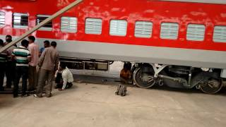 How Indian Railways ! Manufacters Train Coaches ? Modern Coach Factory, Rai Bareily, UP
