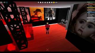 Roblox: How to make decals and posters. Plus IDs to scary/horror decals.
