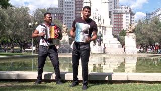 Este Amor No Murió - Alex Manga ( Video Oficial )  / Discos Fuentes