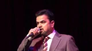 Paresh Bhatt elegantly sings