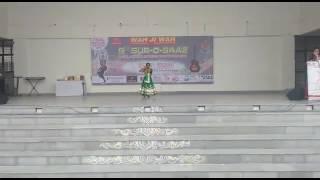 Live performance by Pratishtha Srivastava at 9th Sur-O-Saaz-2016,Parevertan School,Raj Nagar Extn.