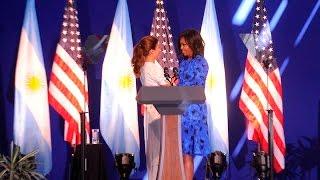 Michelle Obama ponderó el rol de las mujeres argentinas en la política y elogió a Vidal