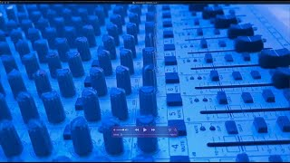 How to use a mixer for voice and music online. Music for online musicians and DJ