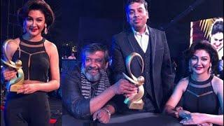 Joya Ahsan wins Zee Cine Best Actress Award