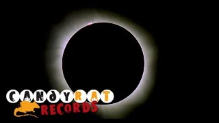 Daniel Voth - Staring at the Sun (Soundtrack of the Universe - Part V)