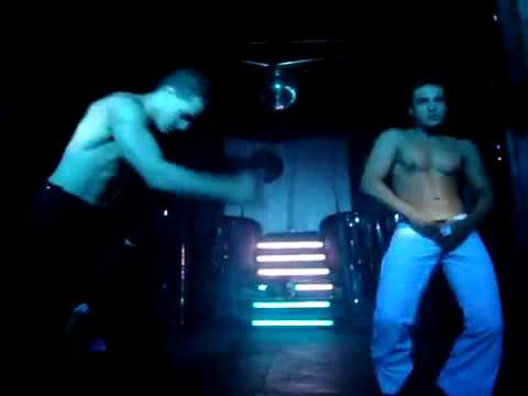 Planet G Strippers Rafael e Rafinha HQ .mp4
