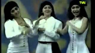 Tiga Dara (Mitha,Ita,Anno)- Nona Manis (Original Video TVRI 1991).avi