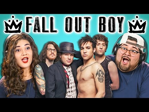 COLLEGE KIDS REACT TO FALL OUT BOY